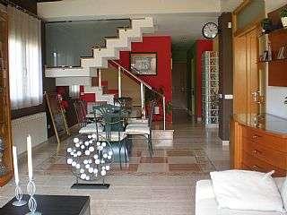 Casa en Carrer serra del cad�,8. Casa-chalet a quatro vientos